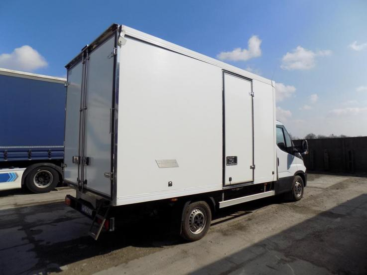 leasing - IVECO - DAILY 35S15 146 KM