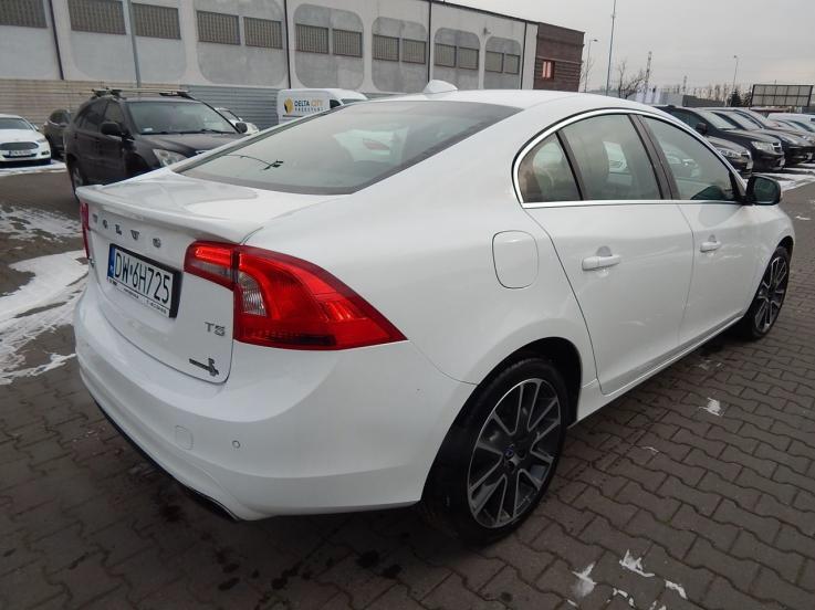 leasing - VOLVO - S60 T5 Drive-E Momentum