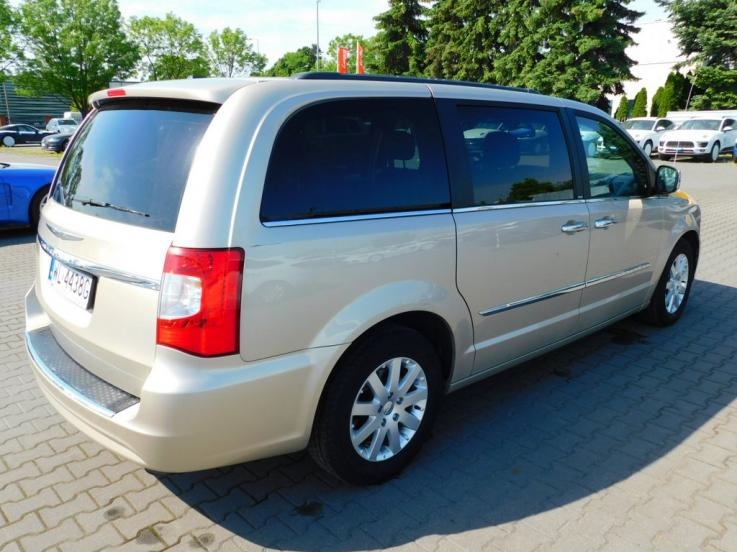 leasing - CHRYSLER - TOWN&COUNTRY 3.6 Touring