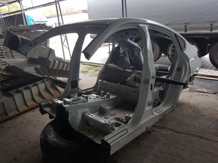 leasing - BMW - X4 szkielet nadwozia + skrzynia biegów